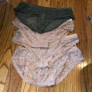 Victoria's Secret bundle of 4 hip hugger panties